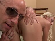 Vidéo porno mobile : Rencontre coquine à la laverie